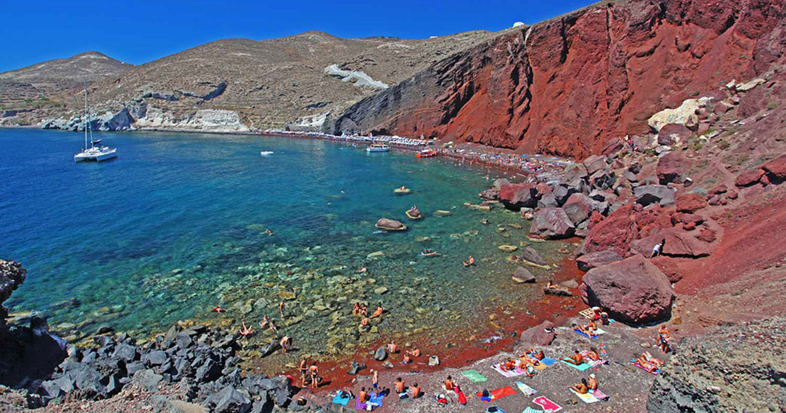 santorini-red-beach-yachting