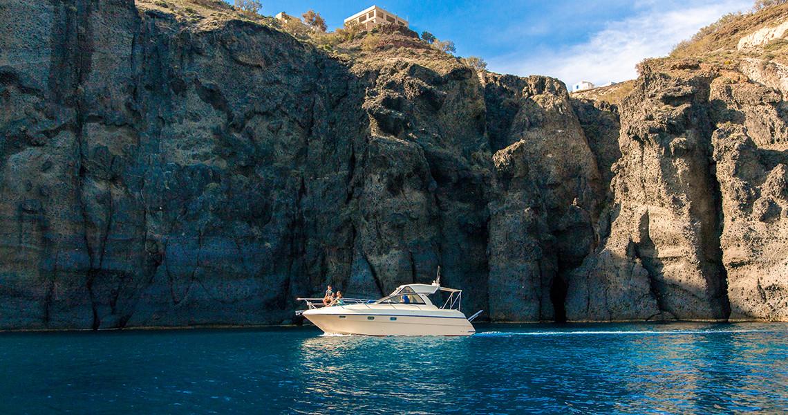 santorini pelagos cruises boat